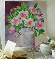 Вышитая бисером картина Майская роза