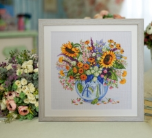 Embroidered thread picture Summer bouquet